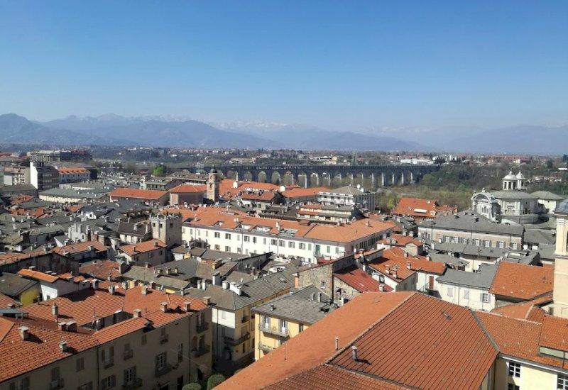 Il Piemonte resta saldo in zona bianca, Rt in calo da 0.99 a 0.91