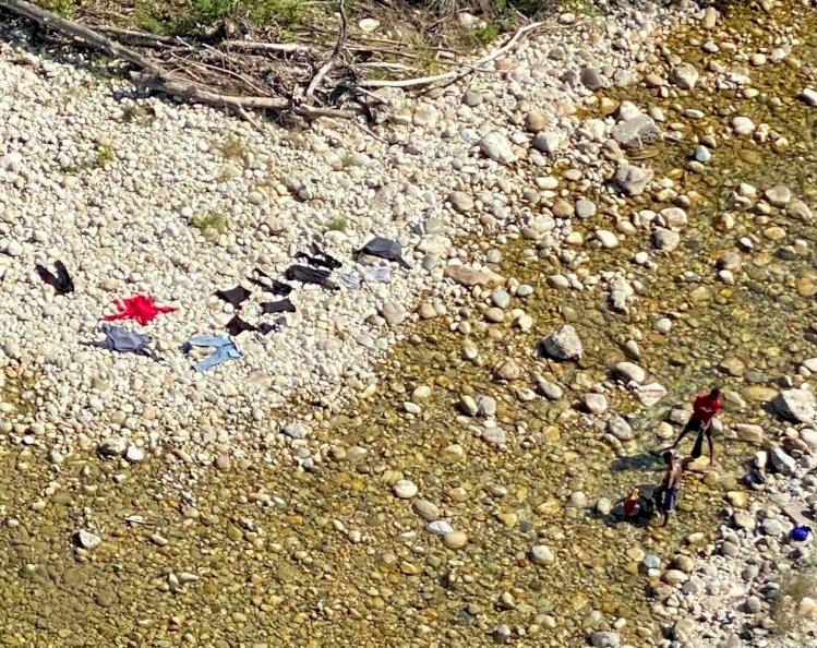 Migranti alle Basse di Stura (foto Alessandro Parola)