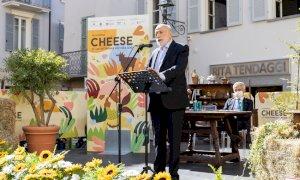Carlo Petrini ha inaugurato