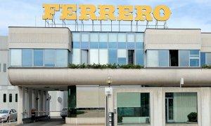 Ferrero premia tutti i dipendenti in Italia: fino a 2.300 euro in più in busta paga