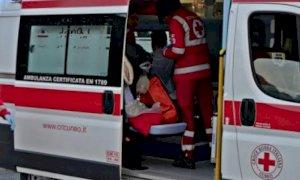 Auto cappottata a Narzole, tre feriti. A La Morra un 15enne cade da un motociclo
