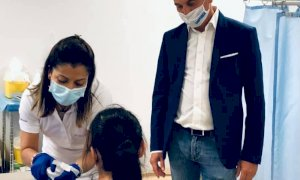"""Vaccini, Cirio """"inaugura"""" la terza dose: """"Soggetti fragili vaccinati entro venti giorni"""""""