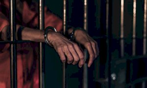 Folle aggressione in carcere: strappò un orecchio a morsi al compagno di cella