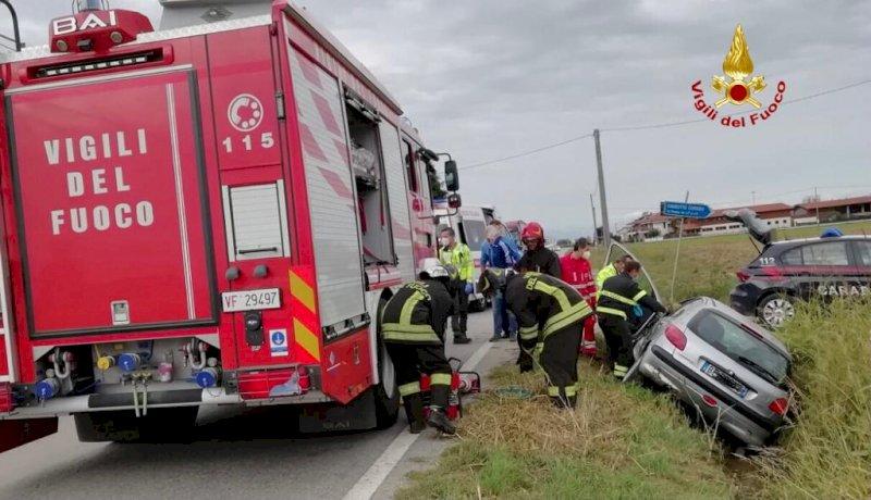Auto fuori strada a Sant'Albano Stura, c'è un ferito