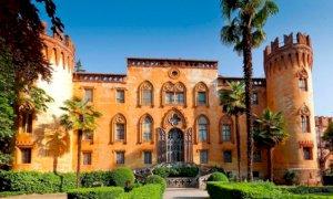 Domenica 17 ottobre il Castello del Roccolo tra natura, arte e rapaci