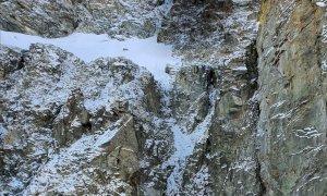 Trovato morto l'alpinista di 34 anni disperso sul Monviso