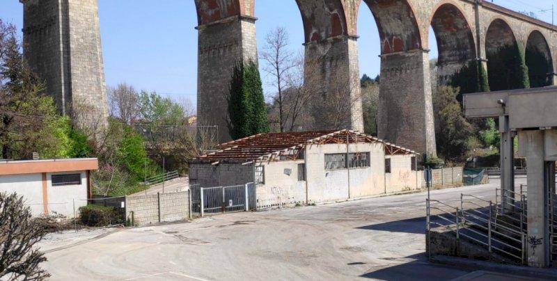 Mondovì riqualifica la piazza dei Ravanet: 40mila euro per abbattere la vecchia rifiuteria
