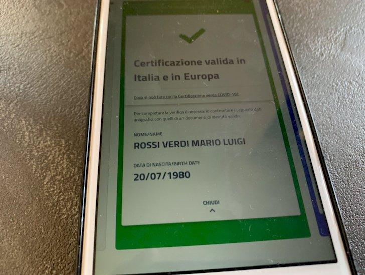 Fino a mille euro di multa per il datore di lavoro che non controlla il Green pass