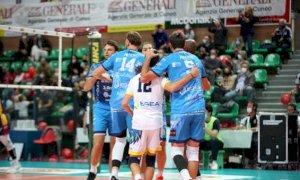Pallavolo A2/M: Cuneo cade contro Castellana Grotte nella prima di fronte al proprio pubblico