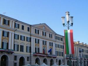 Soggiornarono per sette notti in albergo di Mondovì e non saldarono il conto, assolti.