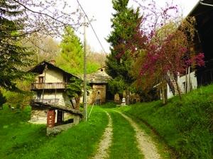 Tra casali e borgate a Serravalle