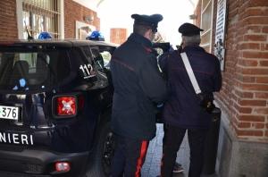 Tenta una rapina all'ufficio postale di Sanfront, in manette un pregiudicato 55enne.
