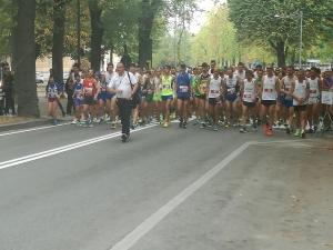 Partita la gara podistica Cuneo-Michelin