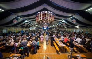 All'Oktoberfest Cuneo consumati 40 mila litri di birra, serviti 6 mila stinchi